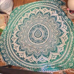 Circle fringe blanket